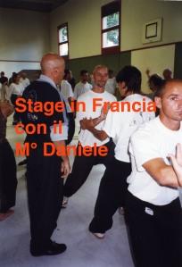 5c2b0-stage-tenuto-dal-mc2b0-daniele-a-perigueux-franciain-occasione-del-centenario-della-nascita-di-zheng-man-qing-agosto-2002